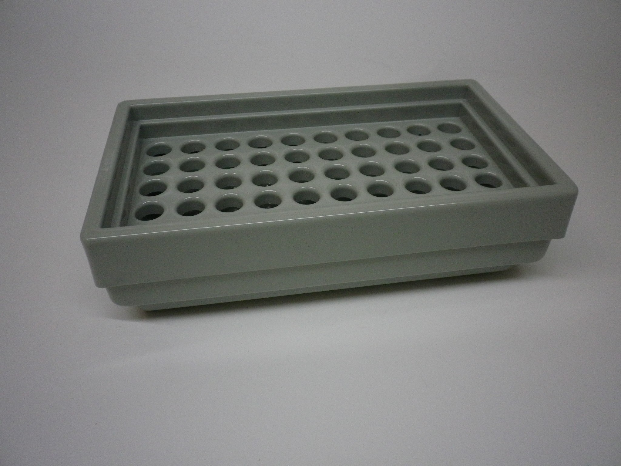 Ice bath rack plastic for 50 tubes with Ø 12 mm